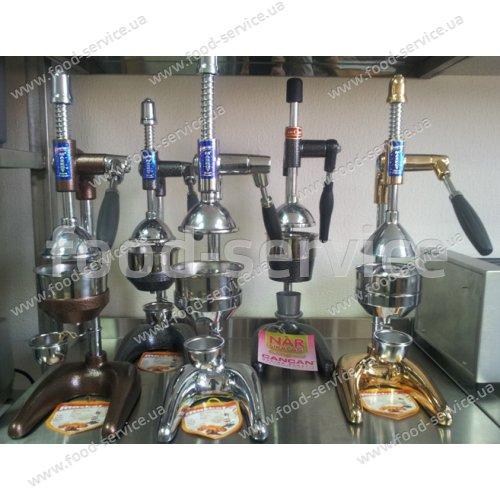 Механический пресс для цитрусовых и граната Maskot Krom