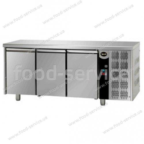 Стол морозильный трехдверный Apach AFM 03 ВТ