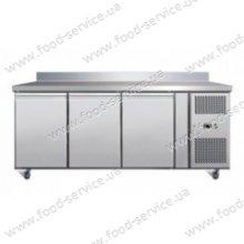 Стол холодильный трехдверный Cooleq GN 3200 TN